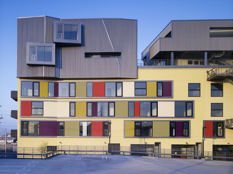 Fuller Lofts / Brooks + Scarpa Architects, Courtesy of  brooks + scarpa architects