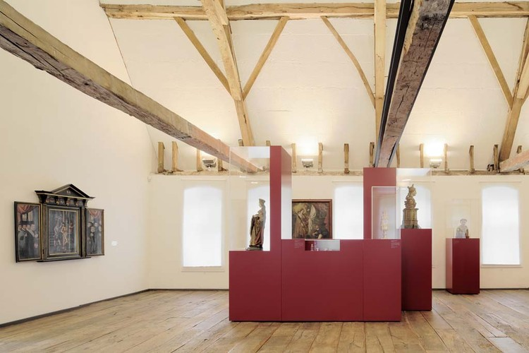 Exhibition Design: 800 years of Crosiers / HMGB Architects, © Christoph Rokitta