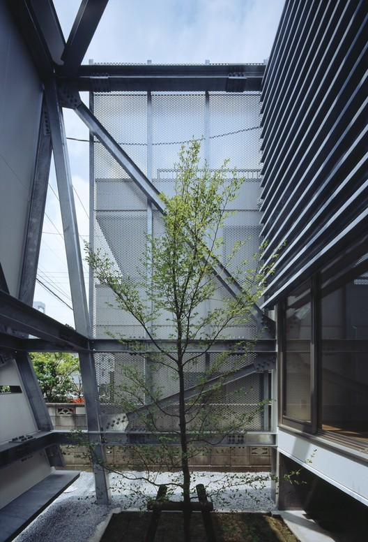 Y-house / IDEA Office, © Kouichi Torimura