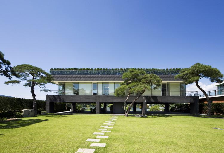 Floating House / Hyunjoon Yoo Architects, © Seunghoon Yum