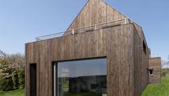 Single Family House / Wizja Architects
