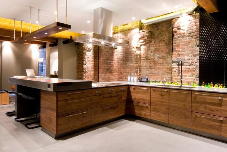 Yaletown loft kelly reynolds archdaily for Brick meuble canada