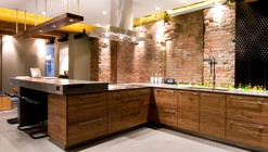 Yaletown Loft / Kelly Reynolds