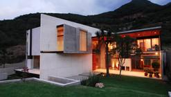 Bravo House / Agustín Landa Ruiloba, Rolando Martínez Rodríguez