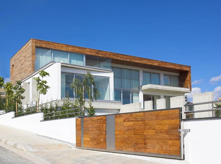 Adamos Residence / Vardastudio Architects & Designers, © Christos Papantoniou