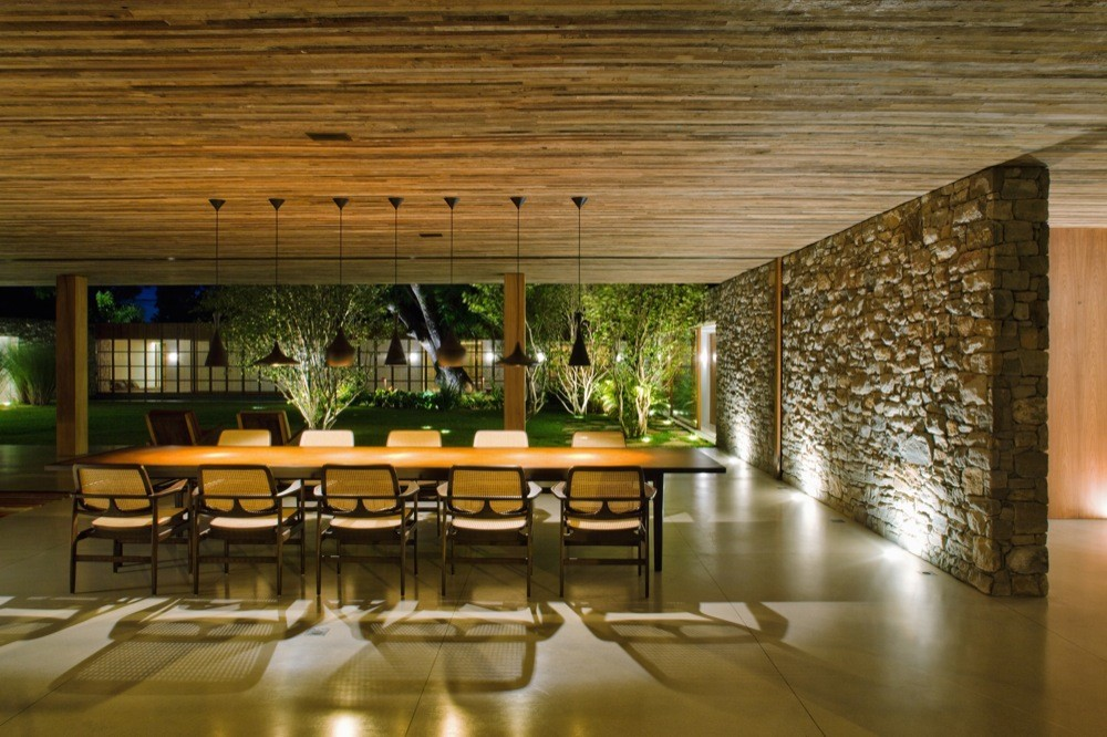 Gallery of bahia house marcio kogan 19 for Casa con jardin barcelona