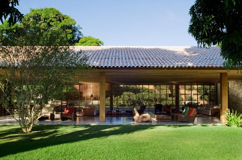 Bahia House Marcio Kogan on Traditional Japanese House Floor Plans