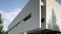 Aharoni House / STAV