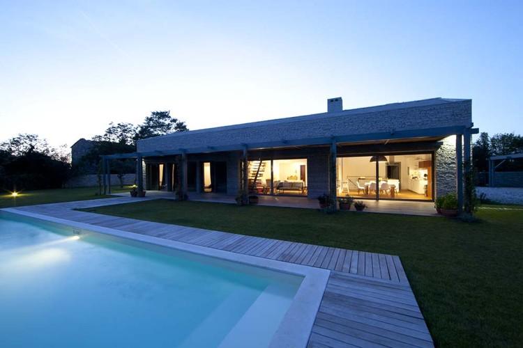 Two Houses / Arhitektri, © Miljenko Bernfest