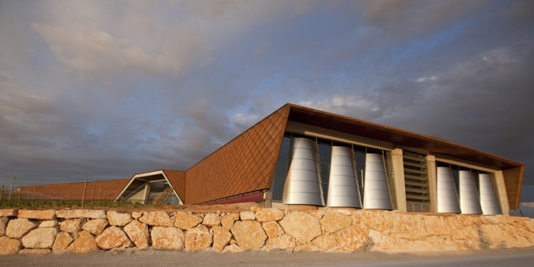 Faustino Winery / Foster + Partners, © Nigel Young / Foster + Partners