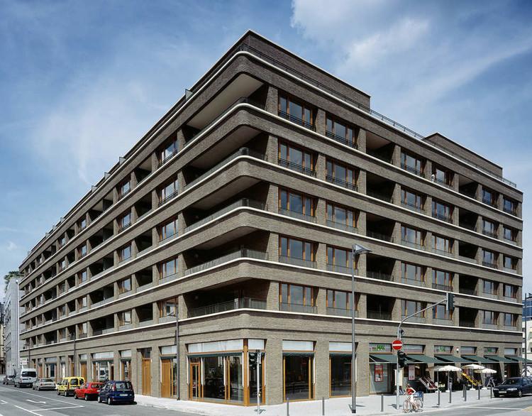 westgarten stefan forster architekten archdaily. Black Bedroom Furniture Sets. Home Design Ideas