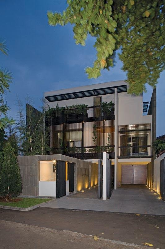 Split Level House / Indra Tata Adilaras, Courtesy of Indra Tata Adilaras
