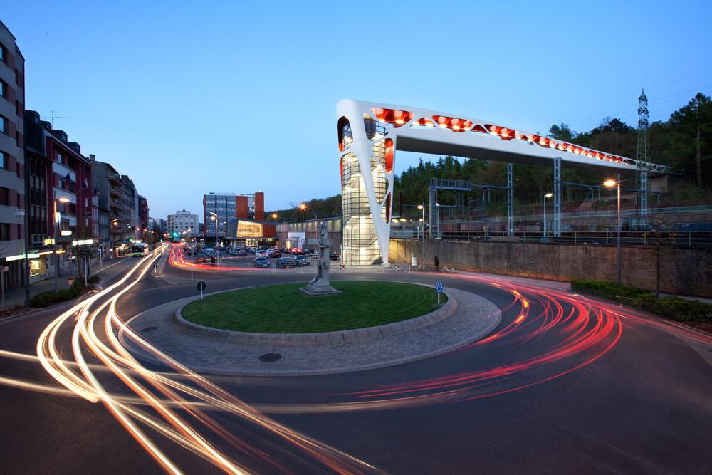 Bridge in Esch / Metaform Architects And T6-Ney & Partners, © Steve Troes Fotodesign