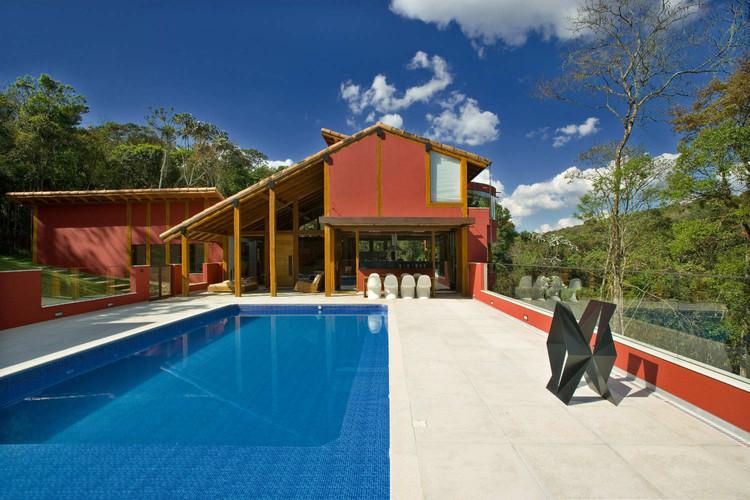 Forest House In Horizonte / David Guerra, © Jomar Bragança