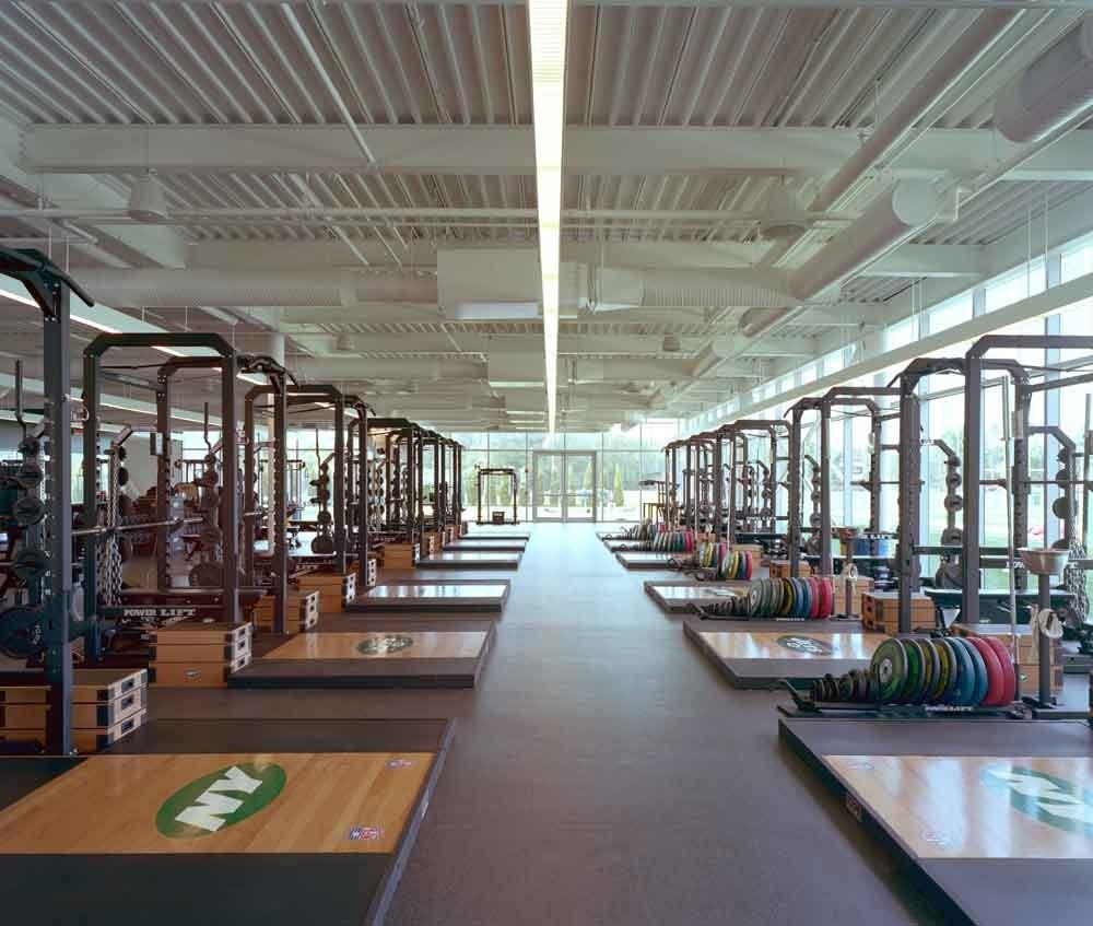 Gallery Of Atlantic Health Jets Training Facility / SOM
