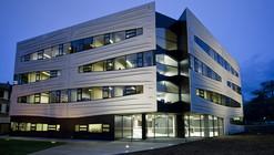 Hedley Bull Centre / Lyons