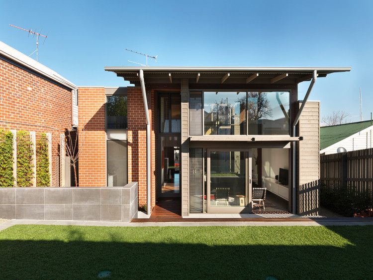 N+C Townhouse / Studio101 Architects, © Trevor Mein