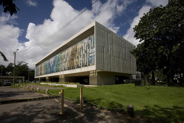 University of Puerto Rico General Studies Building / Toro Ferrer Arquitectos, © Raquel Pérez Puig
