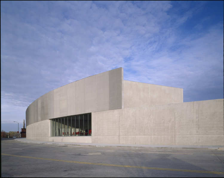Contemporary Art Museum St. Louis / Allied Works Architecture, ©  Helene Binet