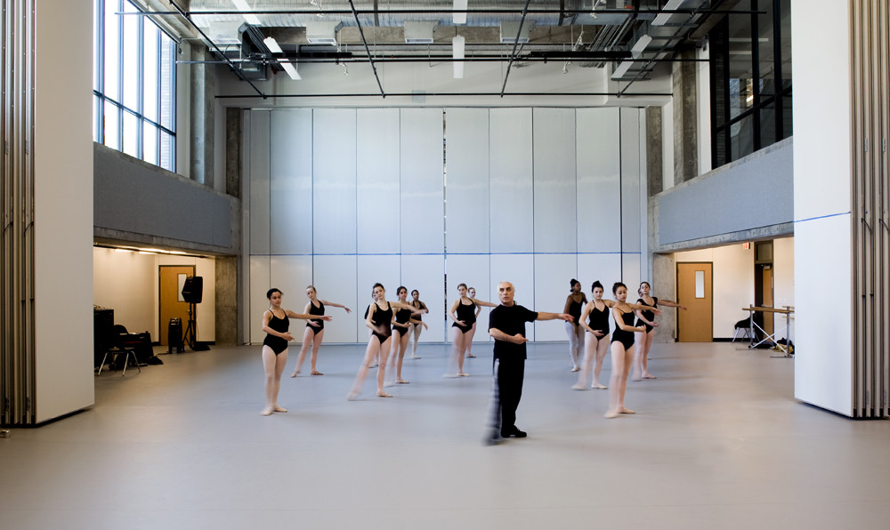 Gallery of booker t washington high school for the for Porte arts and dance studio