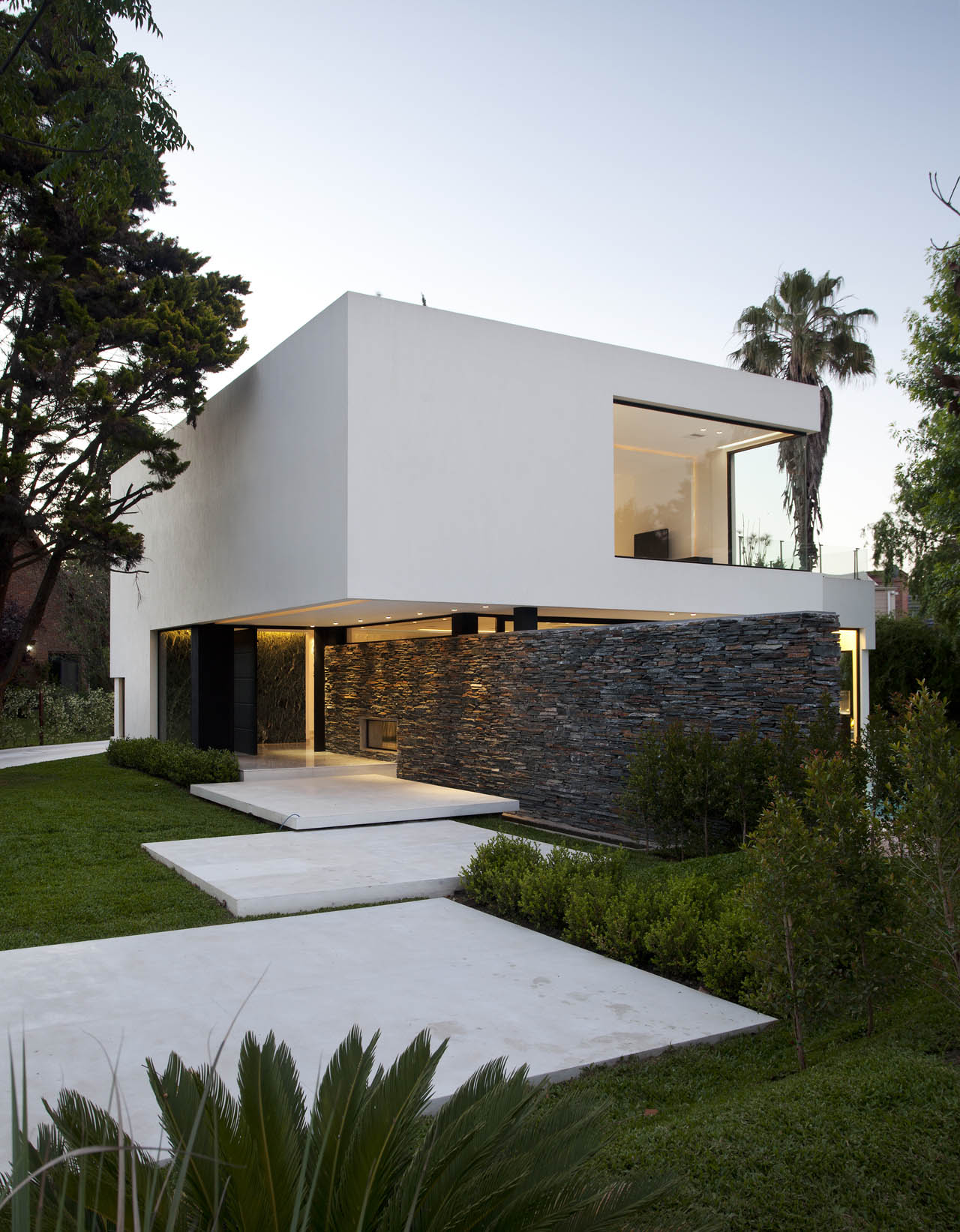 Captivating Architects. Andres Remy Arquitectos Design Inspirations