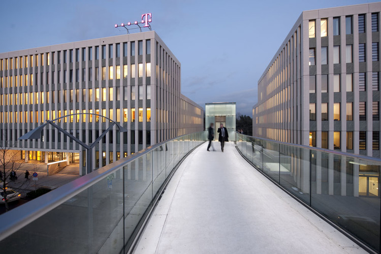 B9 Bridge Telekom / Schlaich Bergermann und Partner