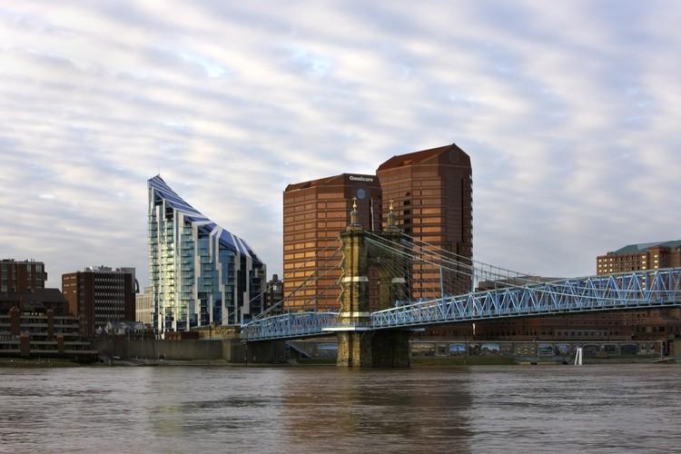 The Ascent at Roebling's Bridge / Studio Libeskind, © Corporex