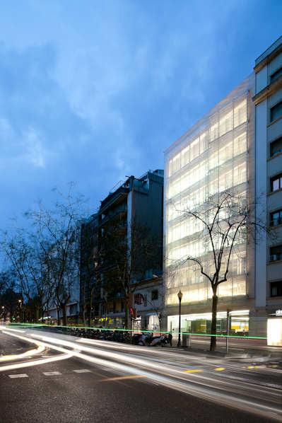 Asepeyo Building / Ventura Valcarce Arquitecto, © Francisco Nogueira