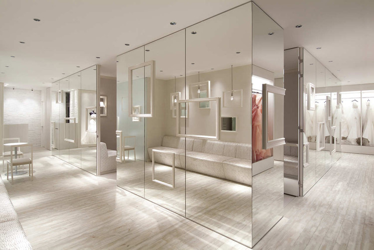 Inb Hyogo Dress Shop / Process5 Design, © Tao Thong Villa Co/ Tsubasa Nukii