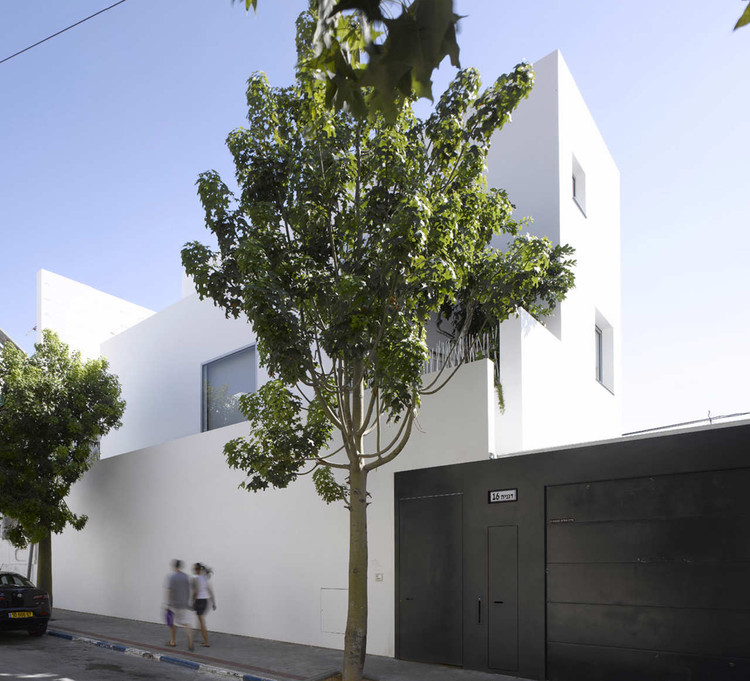 Non Visible House / Paritzki & Liani Architects, © Amit Geron