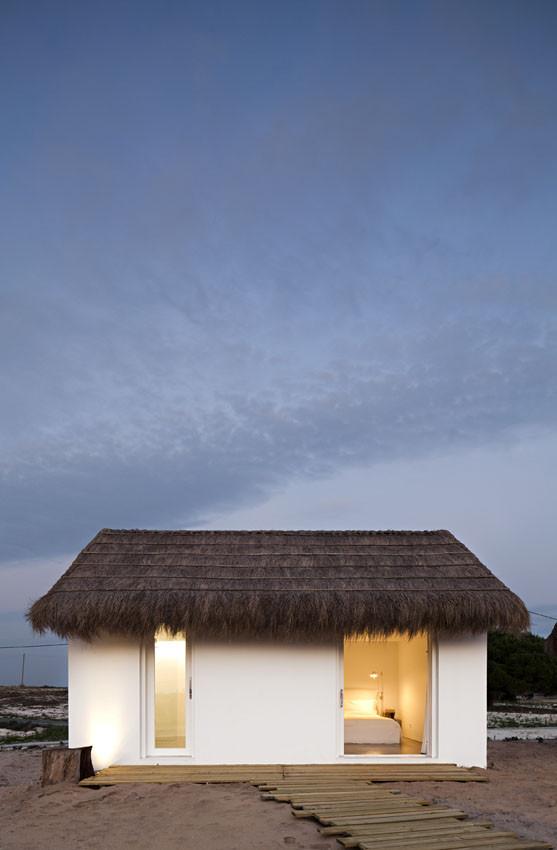Casa na Areia / Aires Mateus, © Nelson Garrido