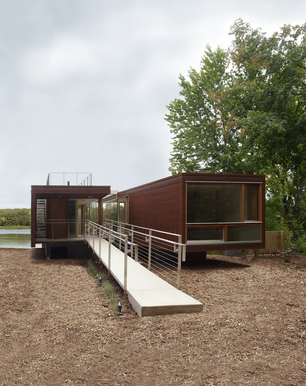 Gallery of koby cottage garrison architects 4 for Cottage builders in michigan