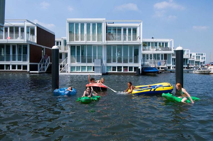 Incredible Floating Houses In Ijburg Architectenbureau Marlies Rohmer Download Free Architecture Designs Intelgarnamadebymaigaardcom