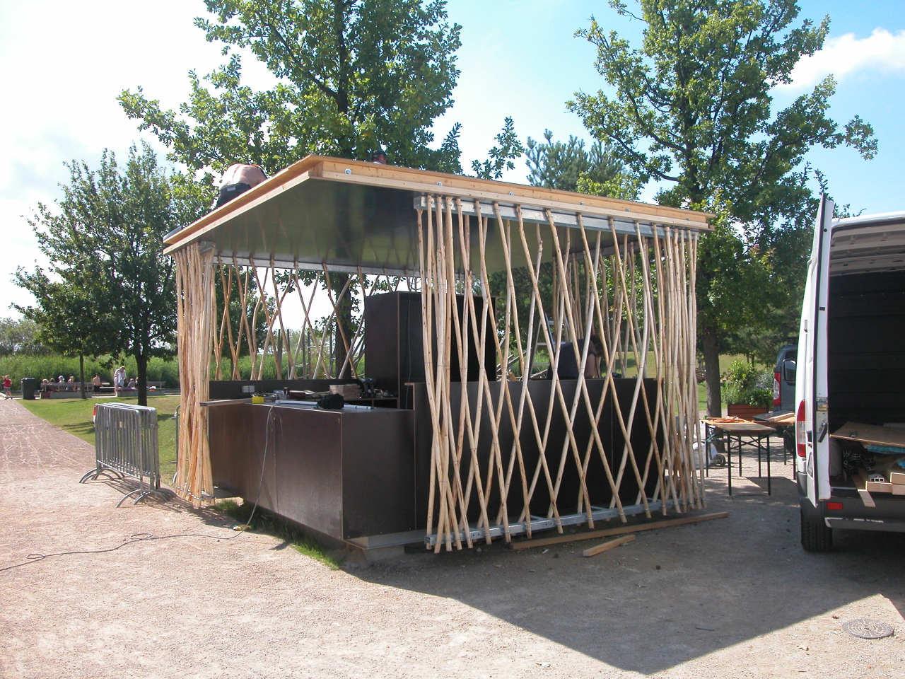 Simple-Tech-Kiosk / partnerundpartner-architekten, © Stefan Günther