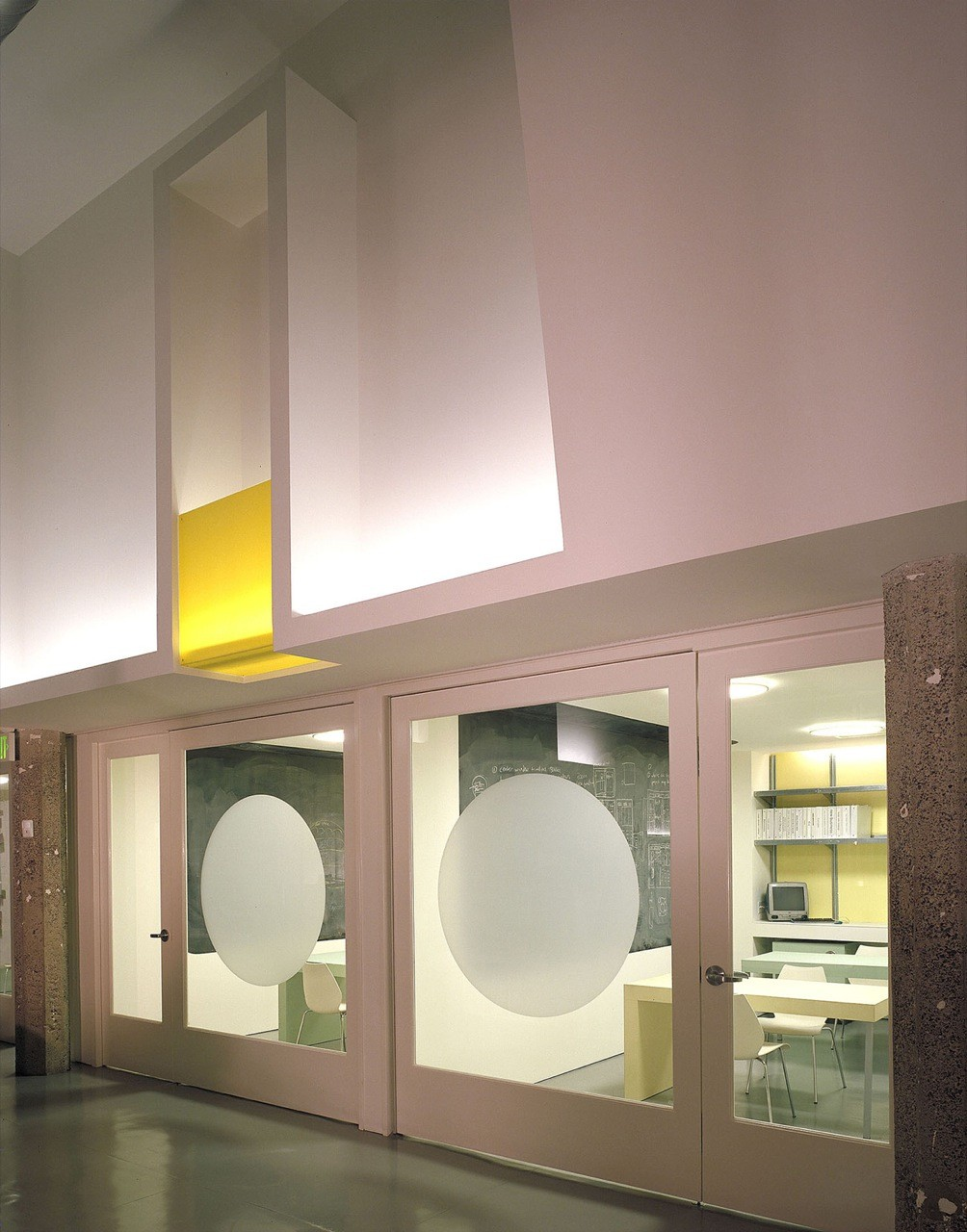 Angry Monkey Offices / Jensen Architects/Jensen & Macy Architects, © Sharon Risedorph