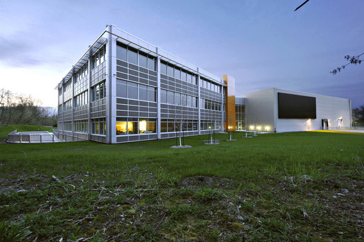 Schlüter Systems / DCYSA Architecture & Design