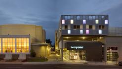 Lowenstein Cultural Center / Semple Brown Design