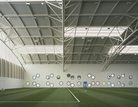 Aberdeen Sports Village / Reiach And Hall Architects