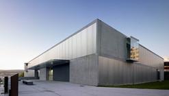 A Parda Health Centre / Vier Arquitectos