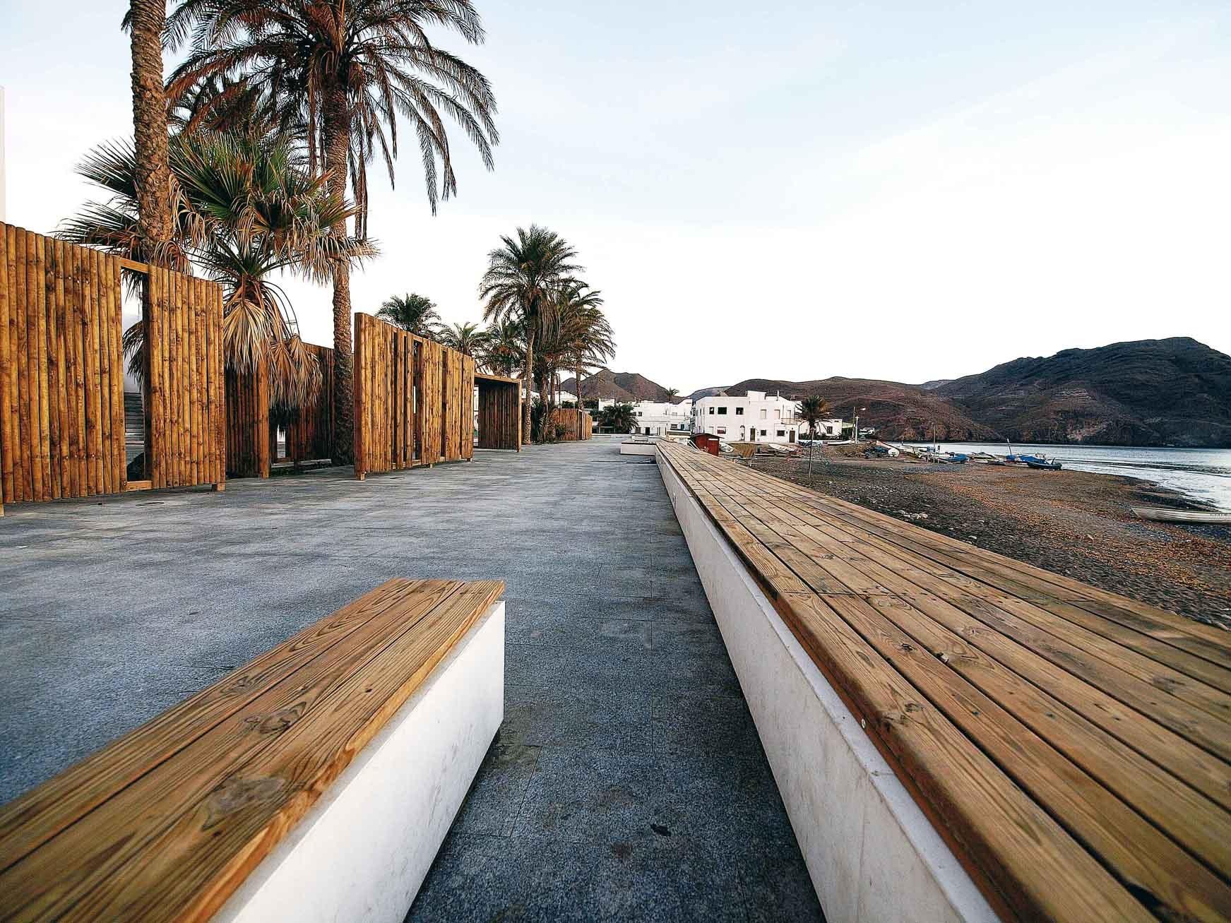Las Negras Waterfront / Jesús Torres García, Courtesy of  jesús torres garcía