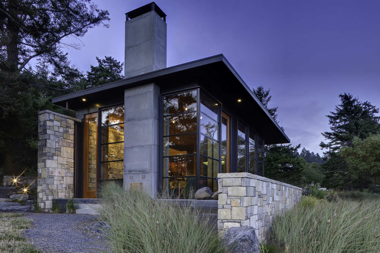 North Bay Residence / Prentiss Architects, © Jay Goodrich