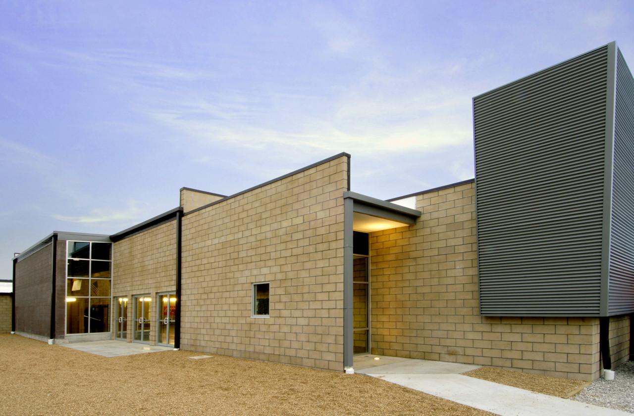 Joel E Barber School / Dake   Wells Architecture, © Architectural Imageworks