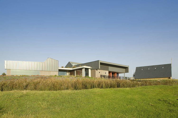 Prince Henry Community Centre / Lahznimmo Architects, Courtesy of Lahznimmo Architects