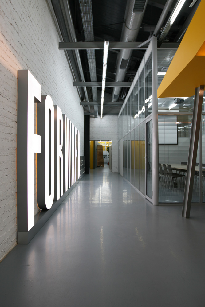 Gallery of office of the forward media group publishing for Space design group architects and interior designers