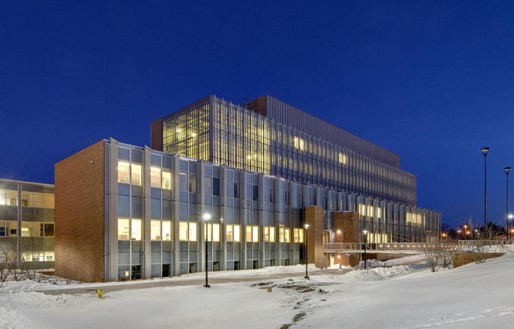Eastern Michigan University / Lord, Aeck & Sargent, © Curt Clayton