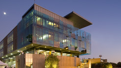 Housing & Dining Services Administration Building / Studio E Architects
