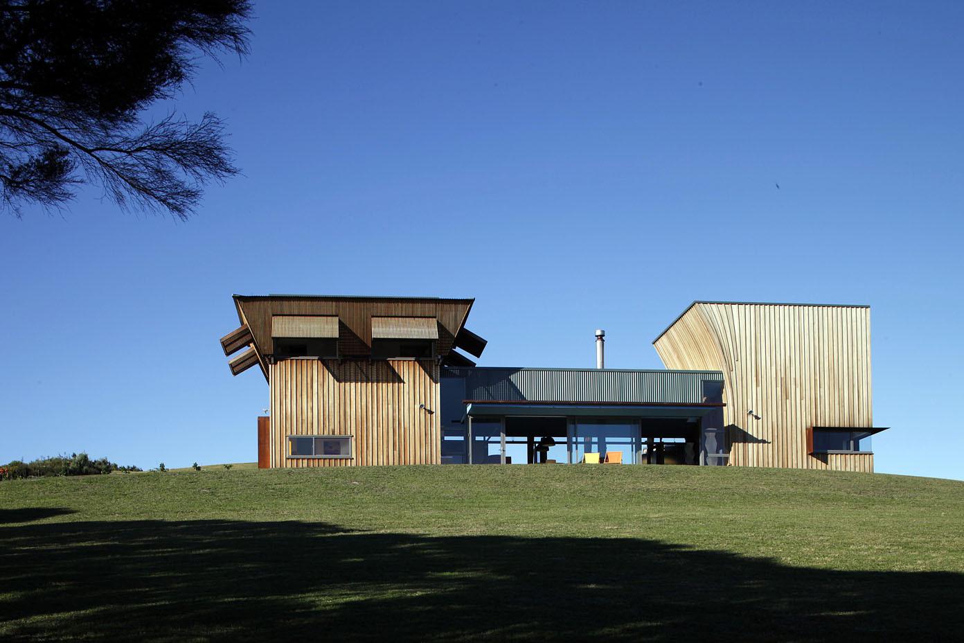 Waiheke Island House / Mitchell and Stout Architects, © Patrick Reynolds