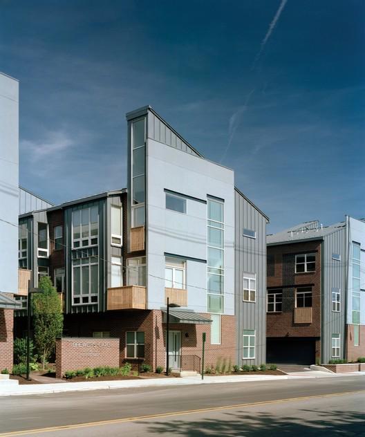Brewer's Gate / Jonathan Barnes Architecture and Design, © Brad Feinknopf