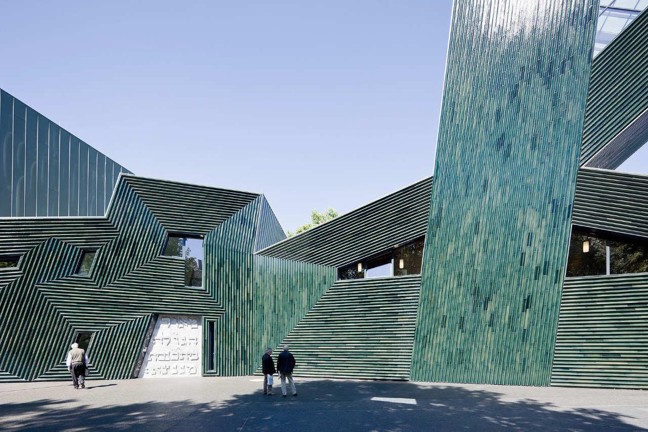 Jewish Community Center Mainz / Manuel Herz Architects, © Iwan Baan