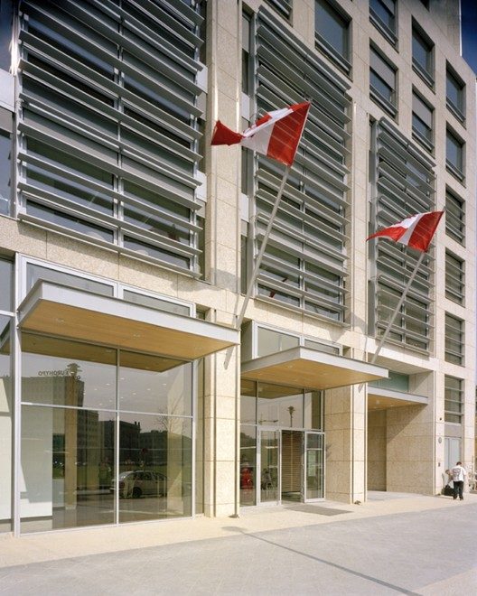 Canadian Embassy Berlin / KPMB Architects with Gagnon + Gagnon Letellier  Cyr architectes + Smith Carter Architects + Engineers | ArchDaily